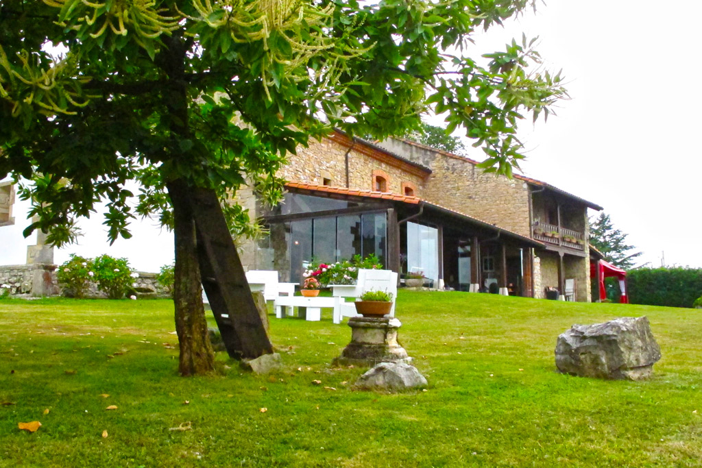 Jardines y exteriores hotel la ermita de deva - Jardines y exteriores ...